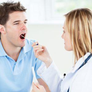 Мазок из горла: как называется, что показывает?
