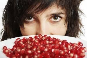 Низкий гемоглобин у женщин: причины, симптомы, последствия, чем опасен?