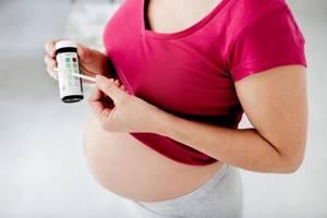 Плохой анализ мочи при беременности: причины, чем грозит?