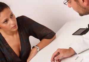 Повышены лейкоциты в крови у женщин: причины, симптомы, лечение
